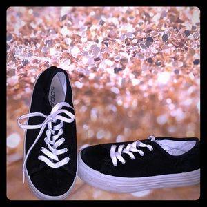 Other - Platform tennis shoes